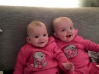 Kimberley and Jessie Bouwer (twins, 6 months)